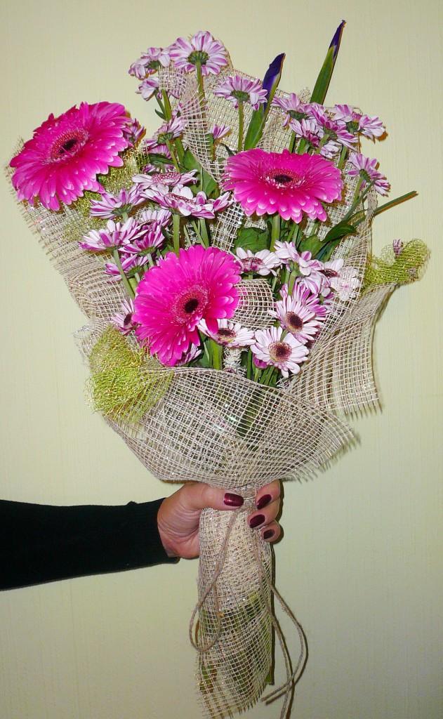 Цветов, букеты из живых герберы мастер класс