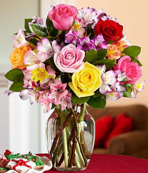 Букет из разных цветов роз